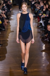 stella-mccartney-rtw-fw2014-runway-37_091702663097